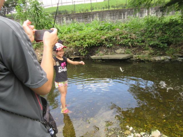 富士見町こどもサロン 空堀川で釣り!の支援をしました!_a0258102_21283476.jpg