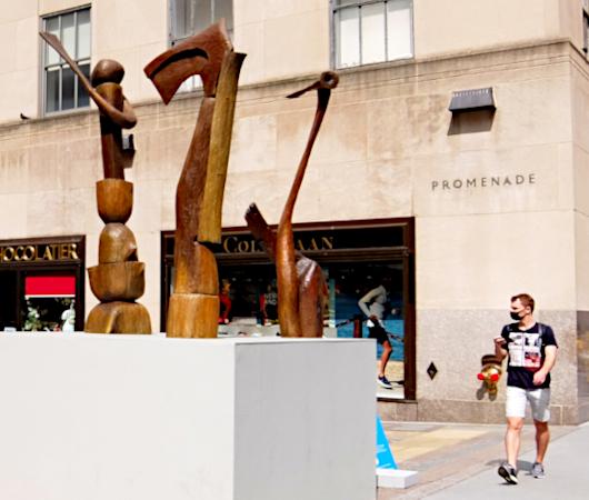 第二回フリーズ・スカルプチャー・アット・ロックフェラー・センター(Frieze Sculpture at Rockefeller Center)_b0007805_06203104.jpg