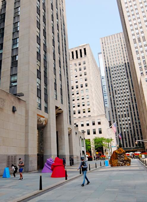 第二回フリーズ・スカルプチャー・アット・ロックフェラー・センター(Frieze Sculpture at Rockefeller Center)_b0007805_06335418.jpg