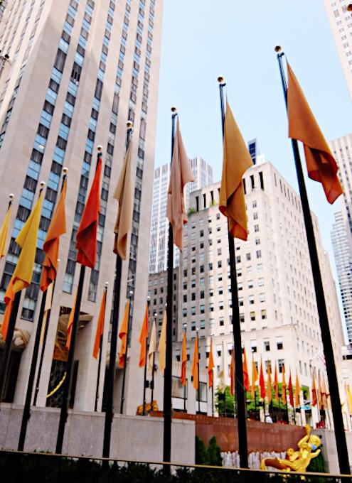 第二回フリーズ・スカルプチャー・アット・ロックフェラー・センター(Frieze Sculpture at Rockefeller Center)_b0007805_06511935.jpg