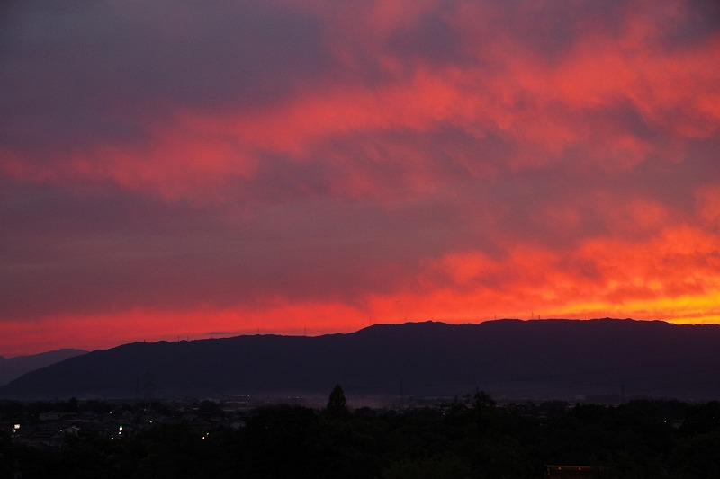 綺麗な夕景_d0250028_07495301.jpg