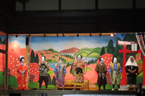静かな境内で森岳歌舞伎が奉納されました_b0238249_21124777.jpg