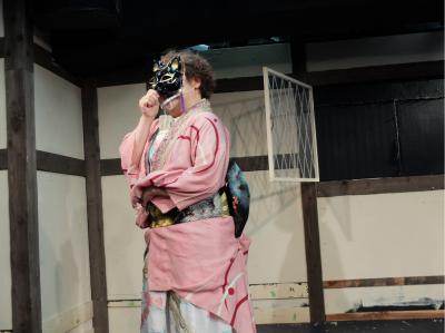 space早稲田が、シェイクスピアの生家に!_a0132151_00315583.jpg