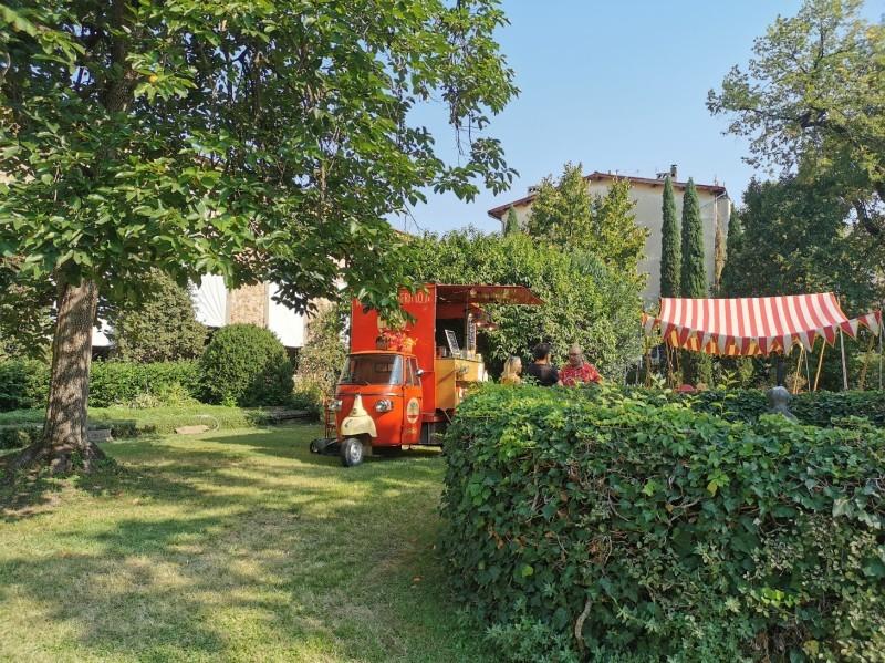 コルシーニ邸の職人展が今年も開催されました_f0106597_02320895.jpg