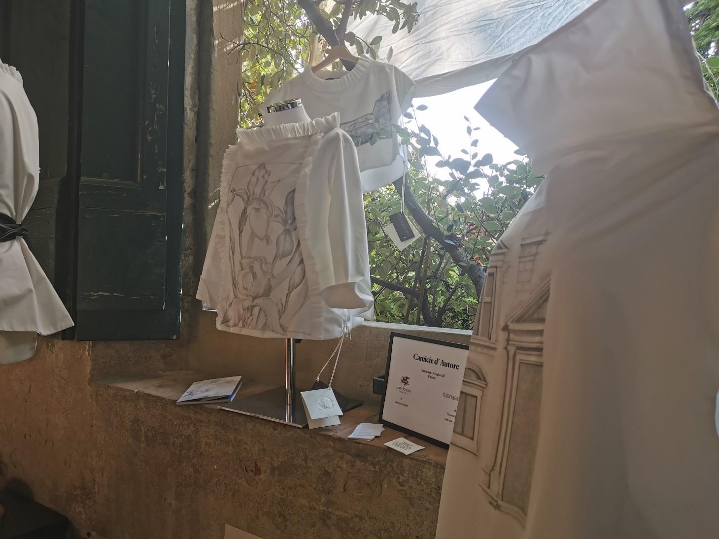 コルシーニ邸の職人展が今年も開催されました_f0106597_02345518.jpg