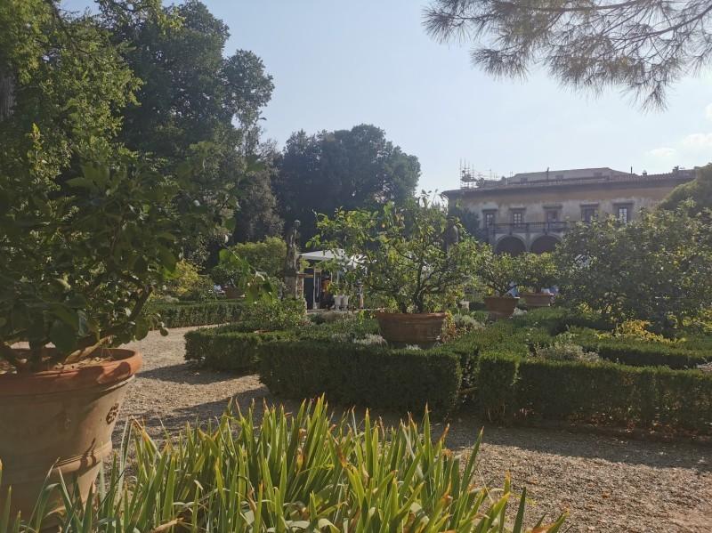 コルシーニ邸の職人展が今年も開催されました_f0106597_02403985.jpg