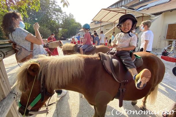 乗馬クラブのちびっ子ポニー体験会_c0024345_17215208.jpg
