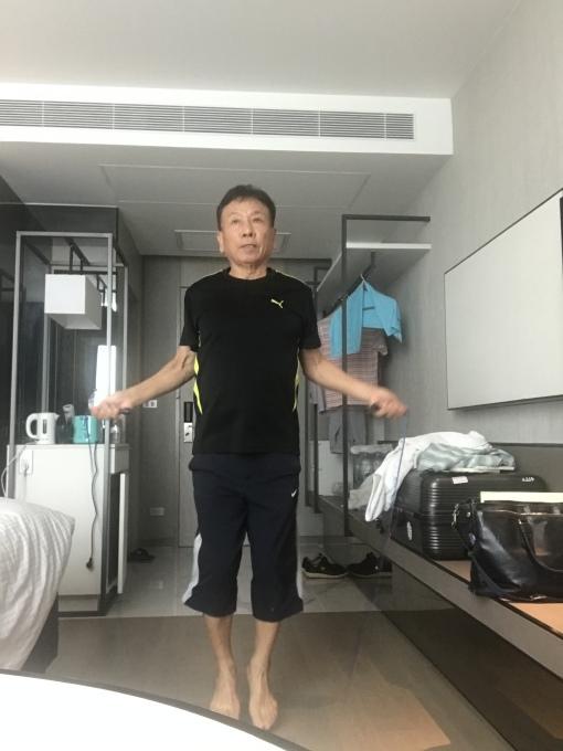 ホテルで15泊の隔離は???_b0100062_18004704.jpeg