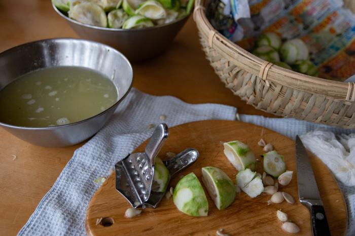 刺身に、鍋に、うどんに、‥_b0340837_17302215.jpg