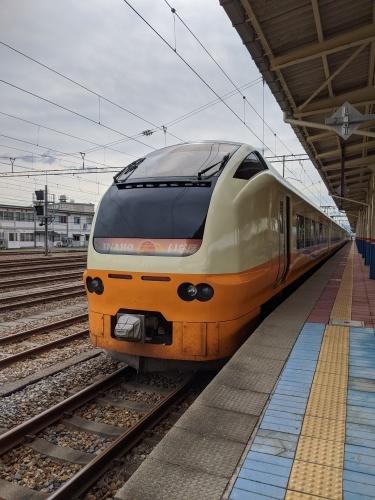 特急列車と普通列車それぞれのメリット(鉄道旅)_a0329563_02134793.jpg