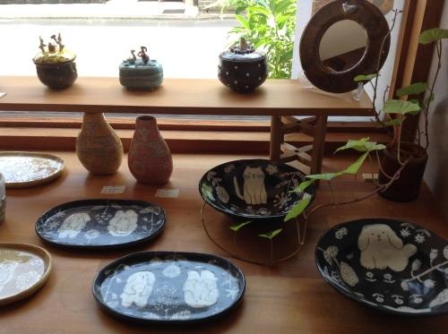 あまたの展示会『近藤佳寿子 陶展』始まりましたー_b0153663_18000978.jpeg