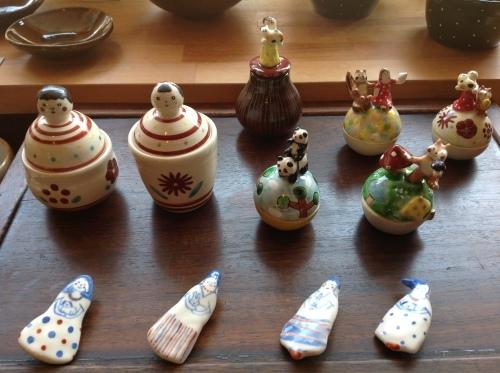 あまたの展示会『近藤佳寿子 陶展』始まりましたー_b0153663_23572755.jpeg