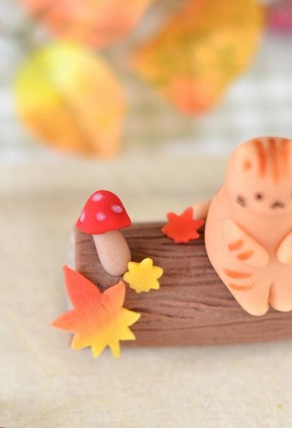 Lauraの秋の練り切り 小さくってかわいい秋見つけた♪_d0025294_22332187.jpg