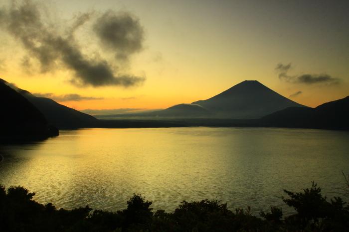 令和2年9月の富士(7) 本栖湖日の出の富士_e0344396_12435354.jpg