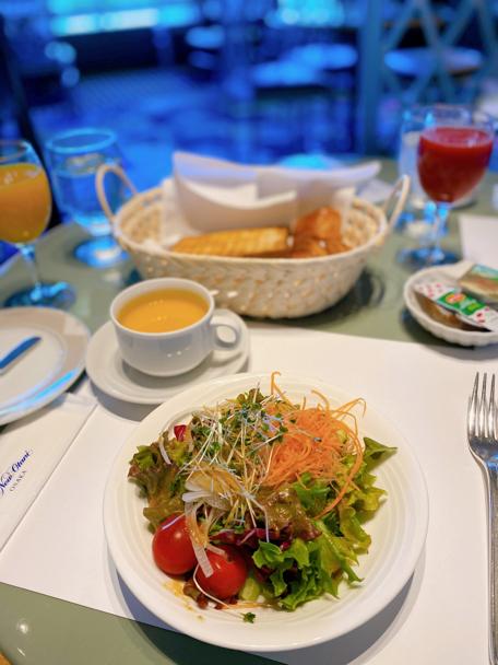 ホテルニューオータニ大阪「SATSUKI」の朝ごはん_f0054556_09223234.jpg