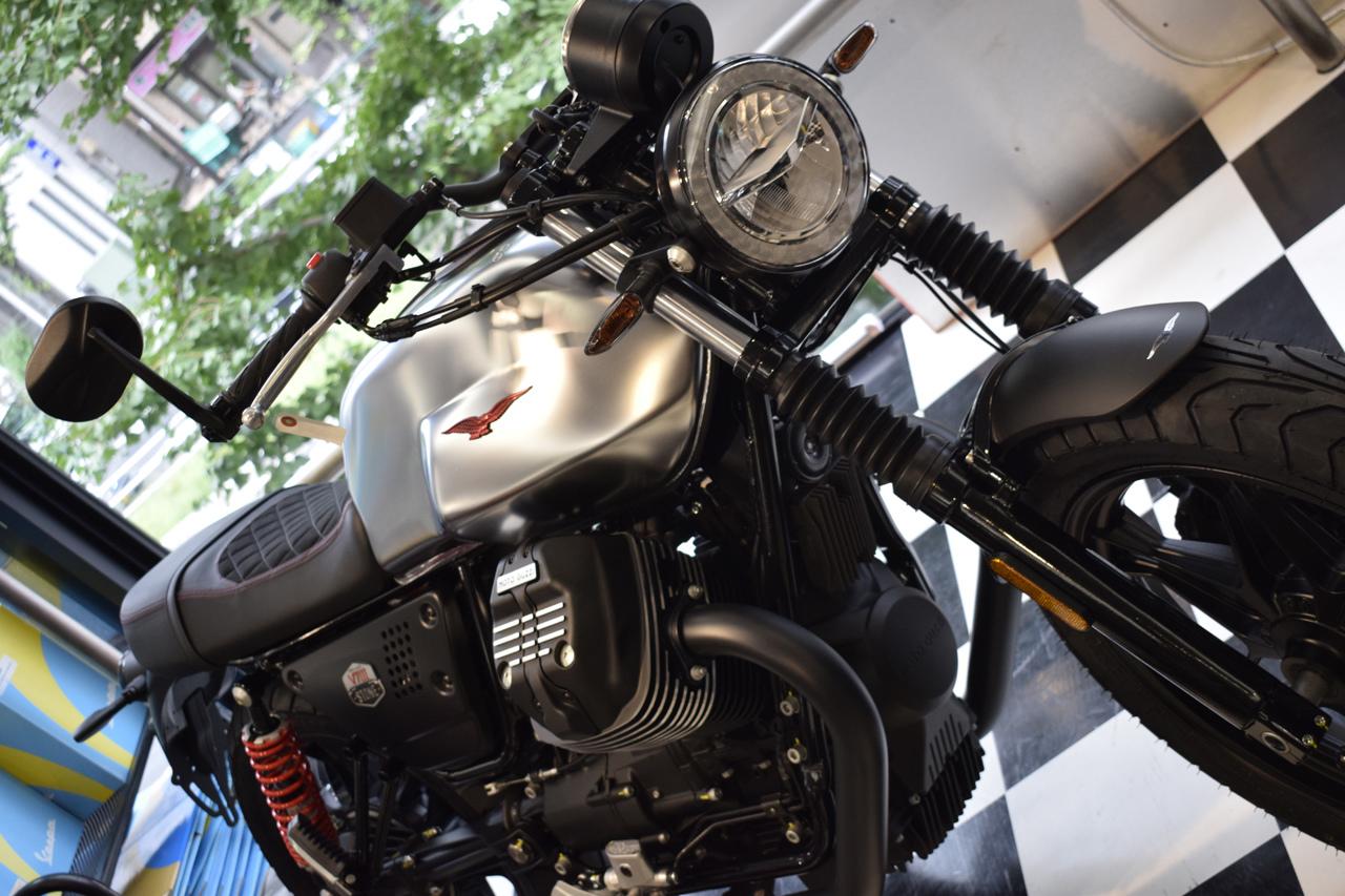 MOTO GUZZI V7Ⅲ STONE S 世界750台限定モデル入荷!_d0099181_19330685.jpg