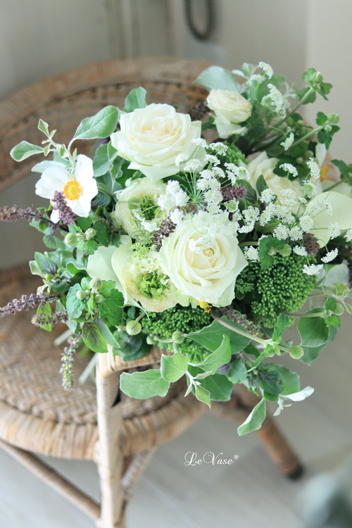 9月Living flowerクラス 『White&Green bouquet !』_e0158653_20044742.jpg