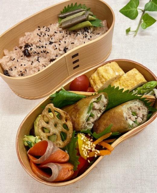 lunch box ×4 曜日の感覚_a0165160_16304910.jpg
