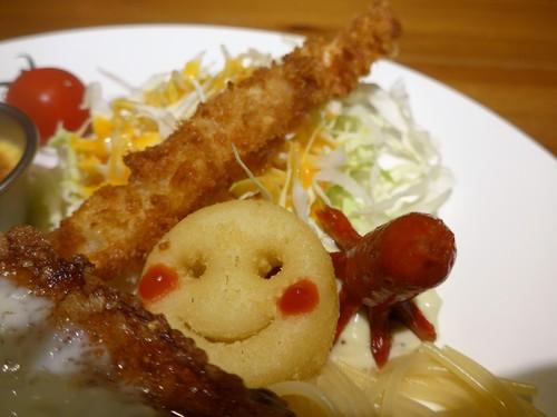 高円寺「ベイビーキングキッチン」へ行く。_f0232060_18552682.jpg