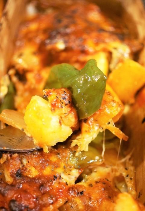 ■副菜【野菜とウインナーのオーブン焼き】マヨ・ケチャ・チーズでジューシー!!_b0033423_22350203.jpg