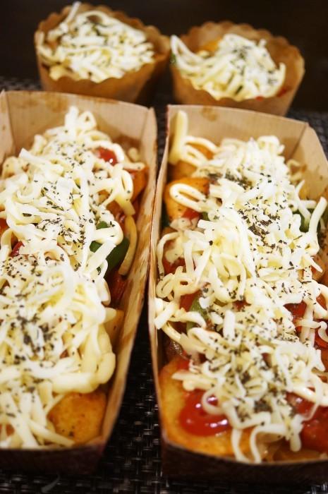 ■副菜【野菜とウインナーのオーブン焼き】マヨ・ケチャ・チーズでジューシー!!_b0033423_23045199.jpg