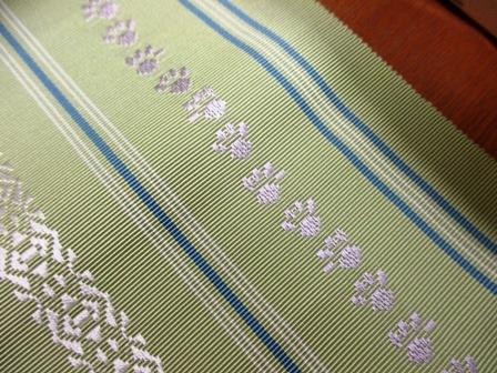 新作博多織八寸帯に猫柄の・・・_b0159571_11085392.jpg