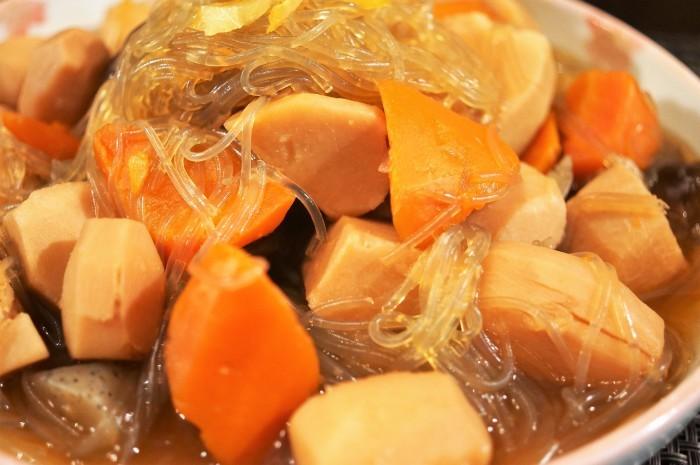 ■和食【菜園採り里芋で煮っ転がし】ほっこりと嬉しい一品です♪_b0033423_20151503.jpg