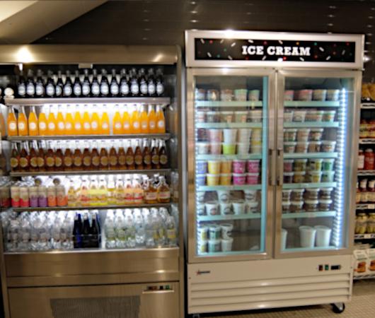 コロナ感染予防対策で『食の博物館』状態のNYの老舗スーパー、バターフィールド・マーケット_b0007805_03431941.jpg