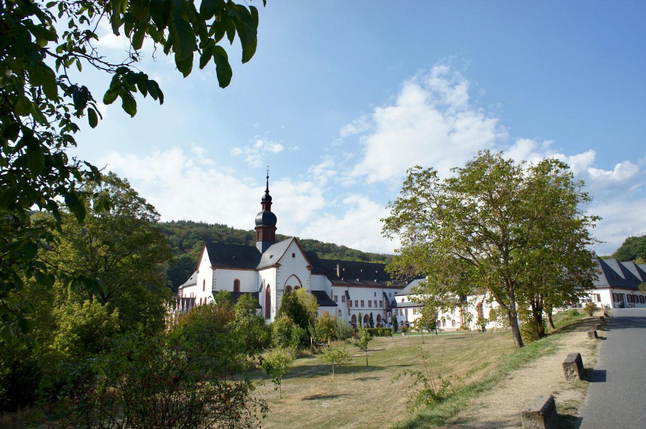 ドイツの古い数字の1_e0175918_03411606.jpg