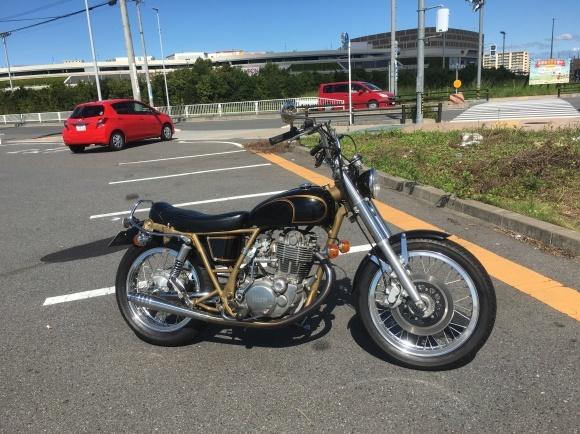 町のバイク屋さん2_a0139843_21281873.jpg