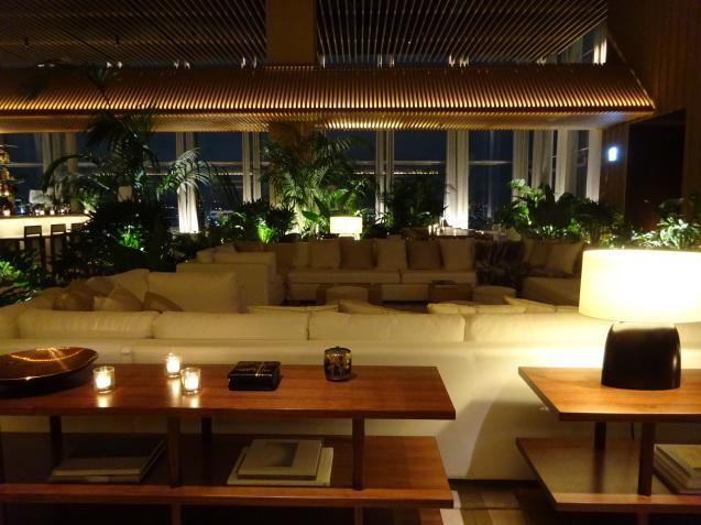 東京エディション虎ノ門 (5) 夜、朝食_b0405262_23320868.jpg