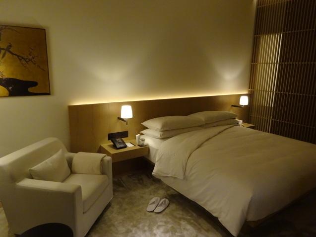東京エディション虎ノ門 (5) 夜、朝食_b0405262_23342990.jpg