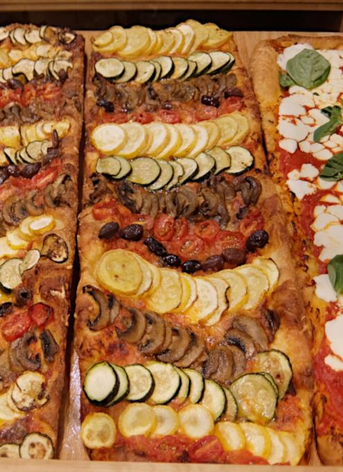 NYの老舗スーパー、バターフィールド・マーケットに初登場、自家製お寿司とピザのコーナー_b0007805_05051597.jpg