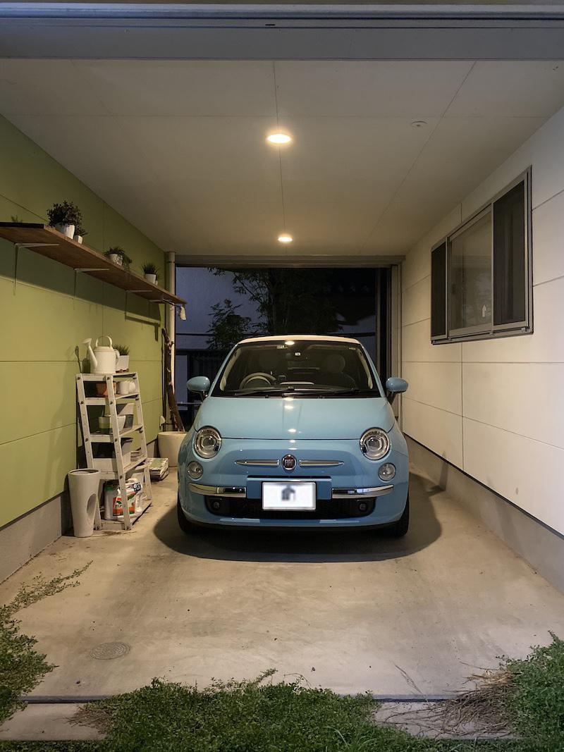 小さな車チンクエチェント。_f0176239_05261925.jpeg