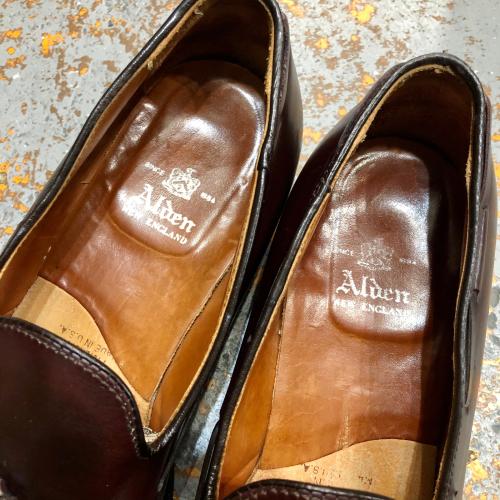 ◇ 靴増えてます & 営業日のお知らせ ◇_c0059778_12545613.jpg
