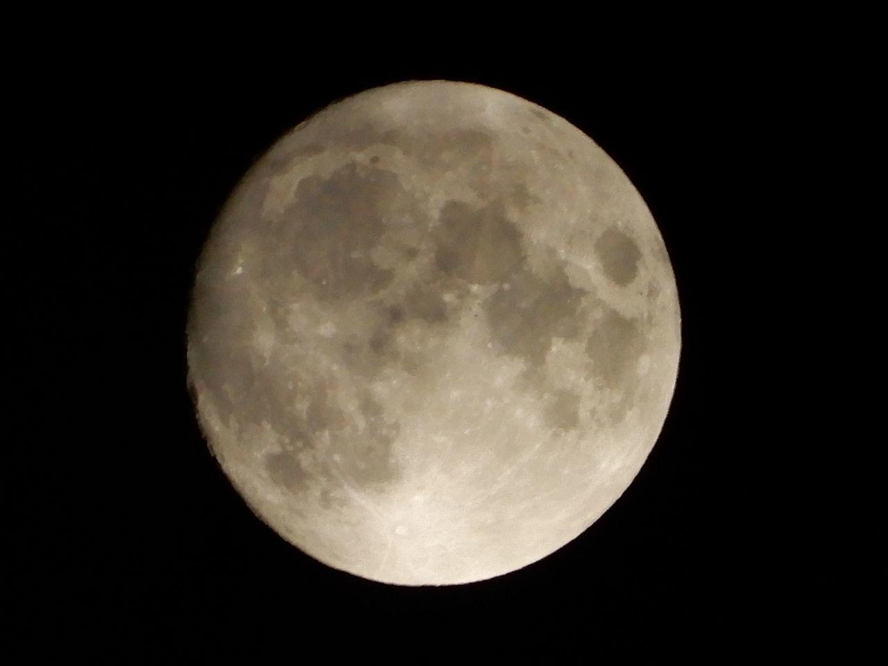 中秋の名月イブもおぼろ月_c0025115_21355851.jpg