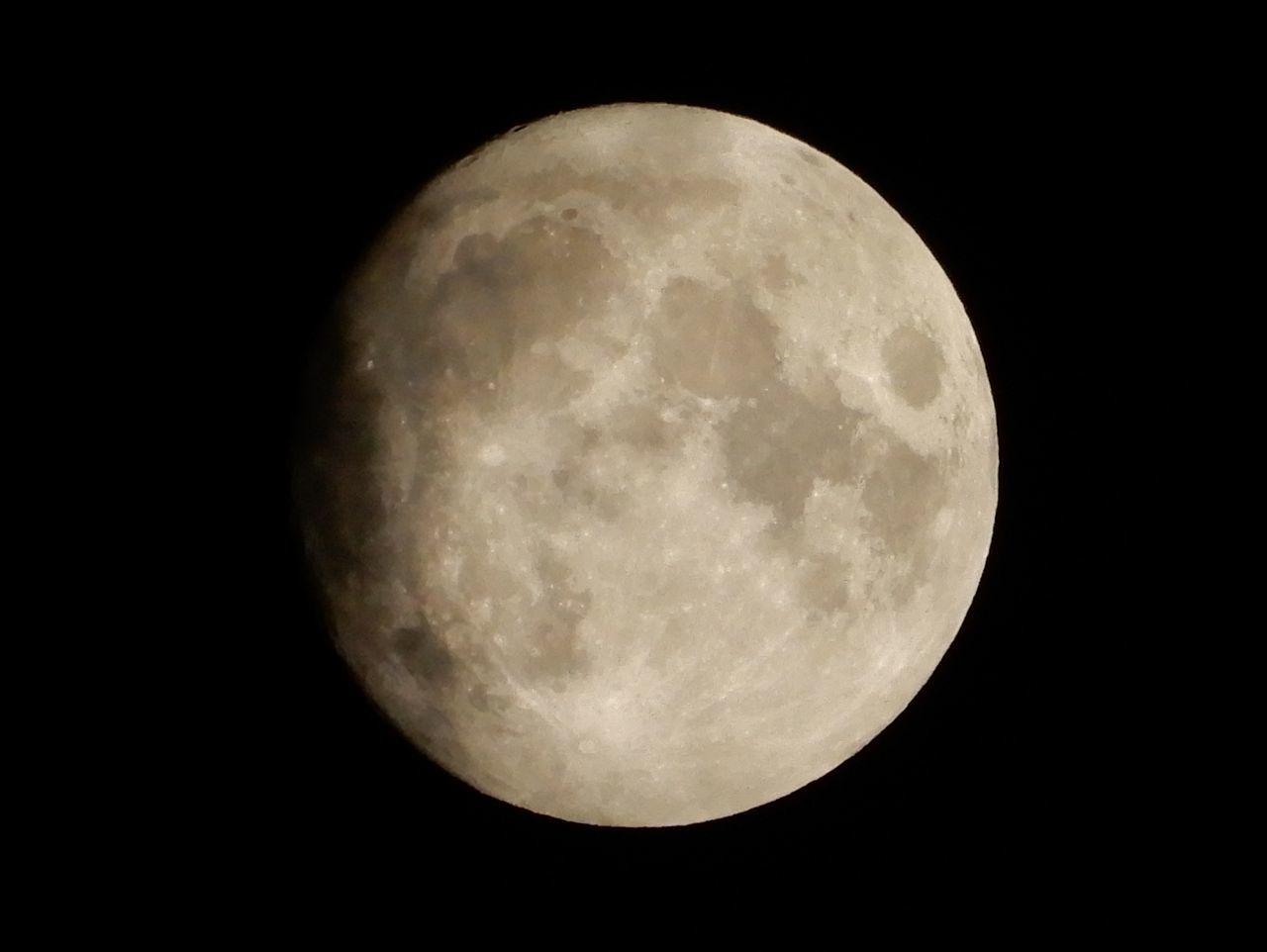 中秋の名月イブもおぼろ月_c0025115_21533740.jpg