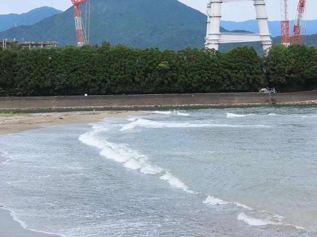 荒波の弁財海岸(撮影:9月23日)_e0321325_17010218.jpg