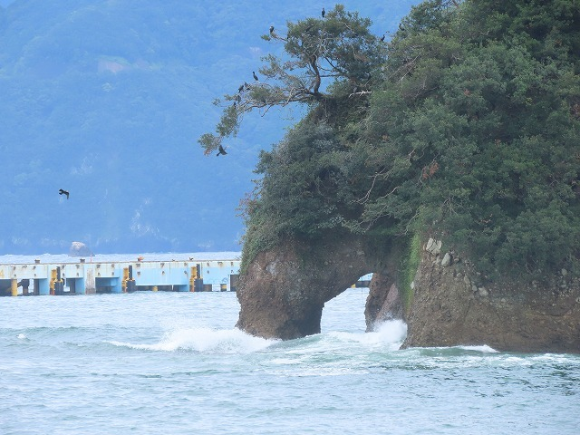 荒波の弁財海岸(撮影:9月23日)_e0321325_18225342.jpg