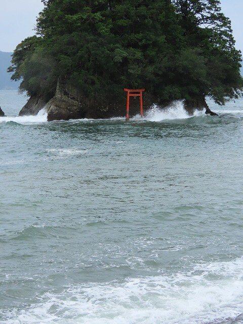 荒波の弁財海岸(撮影:9月23日)_e0321325_18232600.jpg
