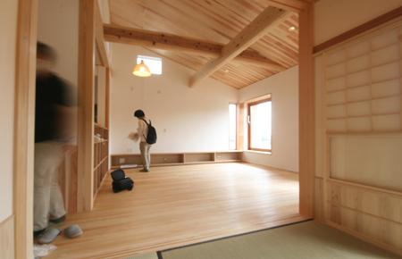 緑と景色を楽しむ自然素材の平屋の家 完成見学会_e0134452_12350777.jpg