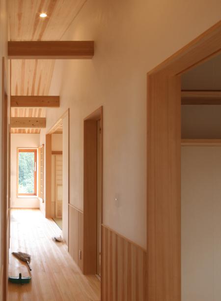 緑と景色を楽しむ自然素材の平屋の家 完成見学会_e0134452_12351238.jpg