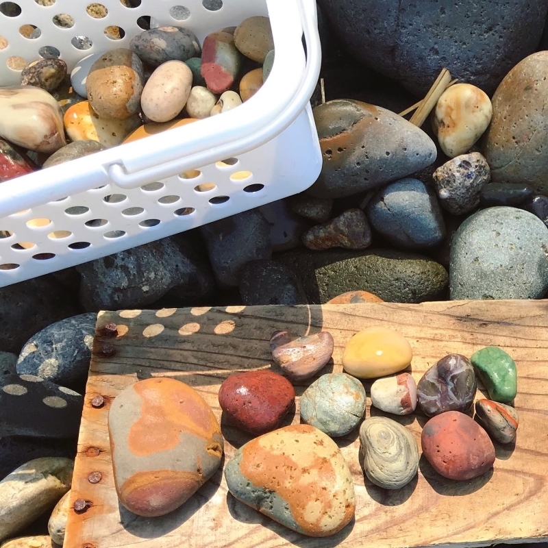 【海で拾った石】 9月最後の石拾い_f0169147_21314226.jpg