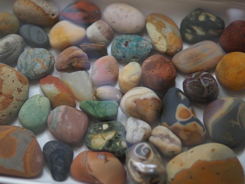【海で拾った石】 9月最後の石拾い_f0169147_21314811.jpg