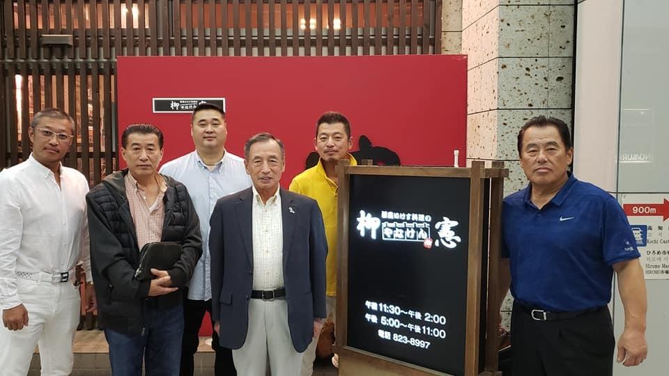 田母神俊雄第29代元航空幕僚長を、高知空港に見送ってきました。_c0186691_10332031.jpg