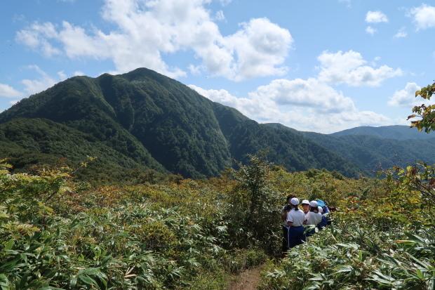 小学生と小荒島岳へ_d0103314_22423868.jpg