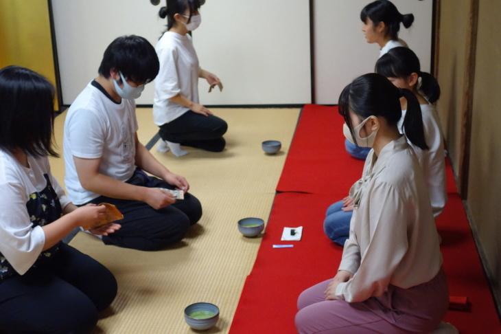 御薬園でのミニ茶会体験!_f0238767_15294882.jpg