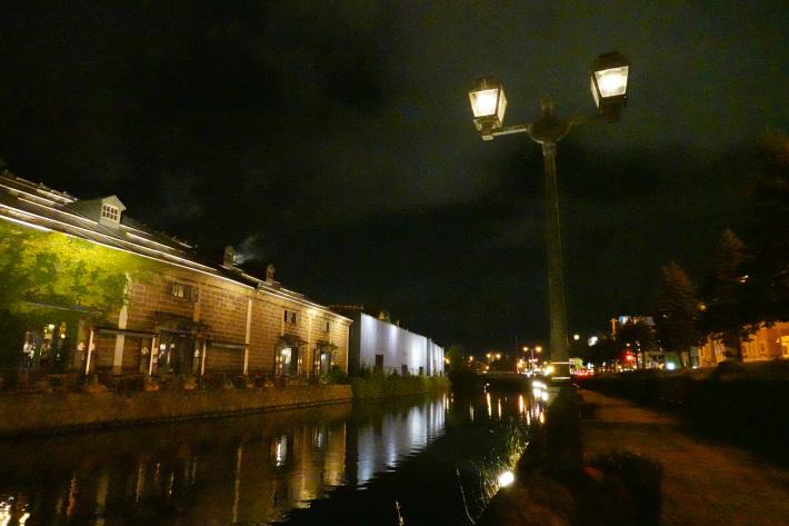 小樽運河の夜景 と 周辺の歴史的建造物_f0117059_22433089.jpg