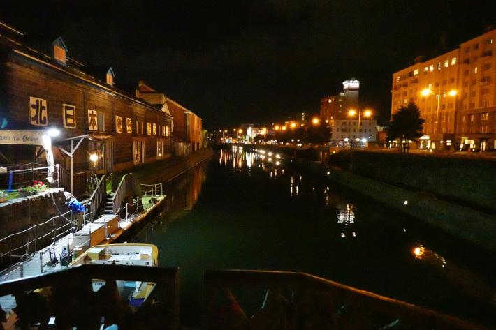 小樽運河の夜景 と 周辺の歴史的建造物_f0117059_22440267.jpg