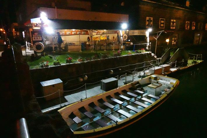 小樽運河の夜景 と 周辺の歴史的建造物_f0117059_22442159.jpg